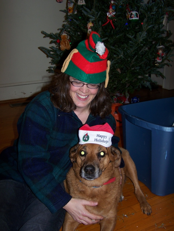 Red and Meg as xmas elves