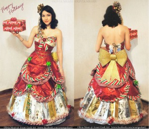 wrappingpaperdress_imgur (1)